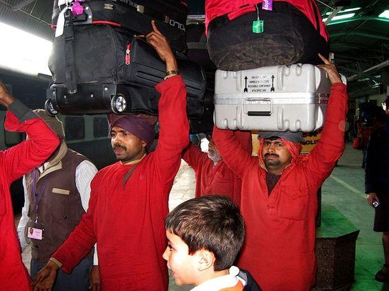 Station baggage handlers