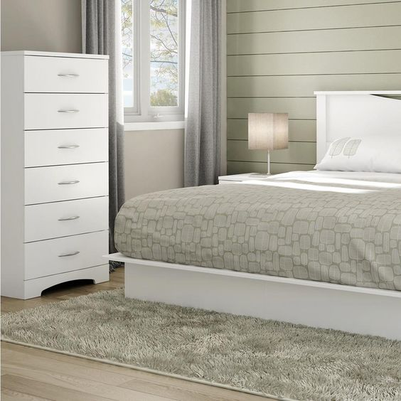 Majestic 6-Drawer Chest in Pure White
