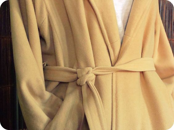 Gino Rossi Vintage camel / khaki colored tie belt coat