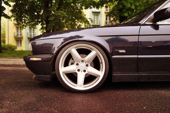 Polish E34 525i Touring - StanceWorks