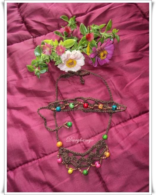 Collar y pulsera (brazalete) #tejid@s en #crochet con hilo macramé, con enhebrado de semillas centroamericanas. #ganchillo <3 #jewelry