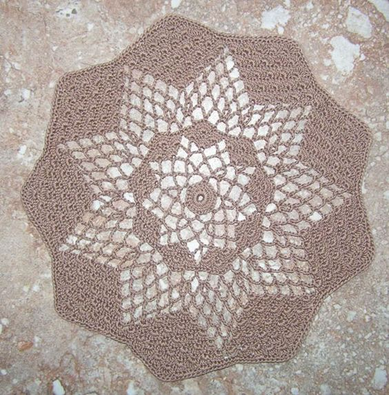 The Lost Doily - going to try this in worsted weight cotton.
