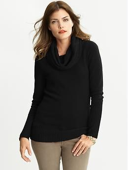 Cashmere Cabled Cowlneck in Black