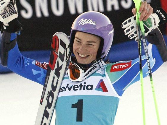 Tina Maze wins at the World Ski Championships, Lindsay Vonn Injured