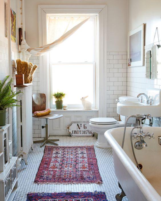 ニューヨーク インテリア トイレ コーディネート例 サブウェイタイル