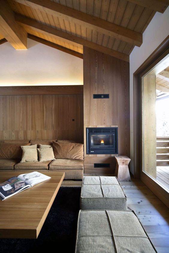 haus mit satteldach-deckenkonstruktion sichtbare balken, Innenarchitektur ideen