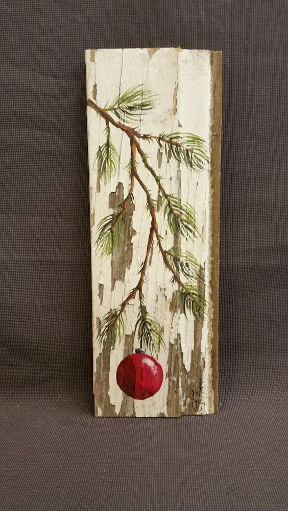 Red hand painted christmas decoration gifts under 25 for Peinture shabby chic