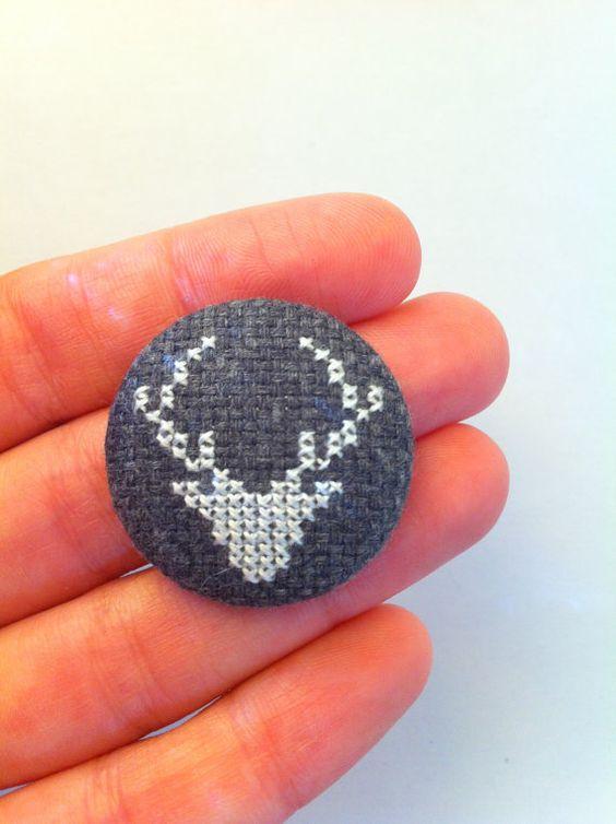Head Stag - Modern handmade embroidered pinback button (dark grey)
