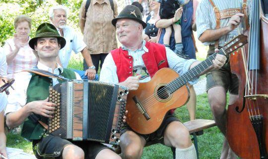 Aufgspuit im Murnauer Moos: Volksmusik in Bayern
