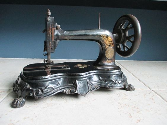 Rare antique cast iron Keats and Clark sewing machine late 1800's #KeatsClark