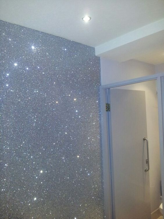 Brilliant sparkly wall paper! Very effective xx