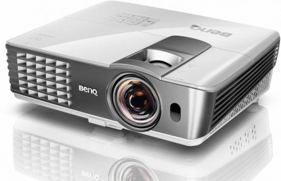BenQ W1080ST+ : Vidéoprojecteur DLP 3D 1080p, Focale courte, MHL...