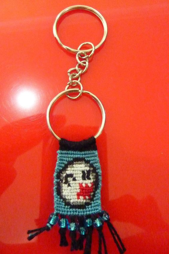 Added by luz0928 Friendship bracelet pattern 2652 #friendship #bracelet #wristband #craft #handmade #super #mario