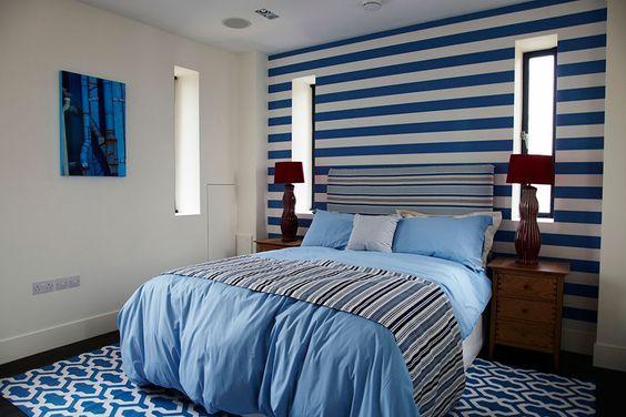 Blue decoration. #decor #interior #design #stripes #casadevalentina