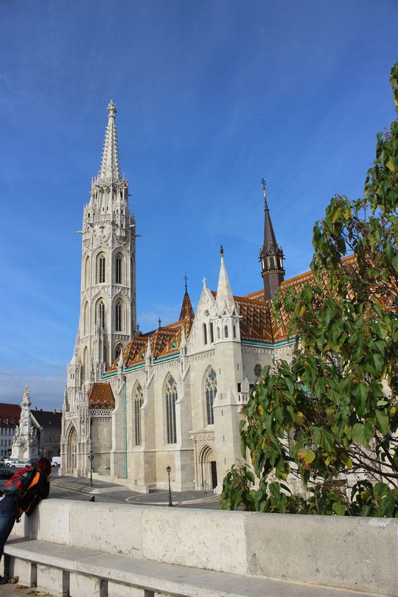 Matthias Church in the heart of the castle district.