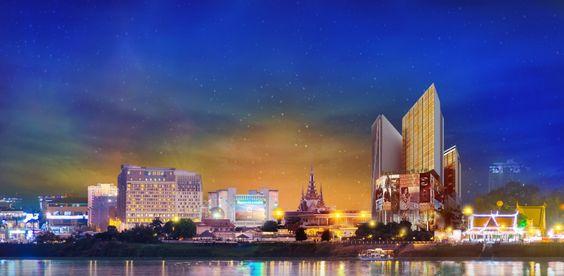Casino Naga Word nằm ngay tại ngã ba sông của trung tâm thành phố Phnom Penh