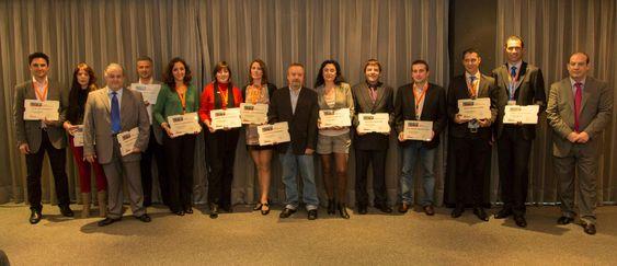 Foto de Grupo Alumnos recibiendo el Certificado de Mentor Formador Inmobiliario para Alejandro Perez Irus para Consultorias en Agencias Inmobiliarias AlejandroPI Coaching