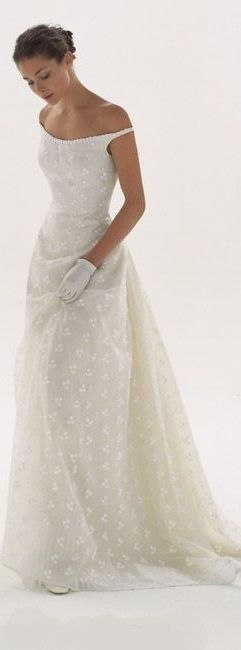 le spose di Giò ~ Italy lovely eyelet wedding gown