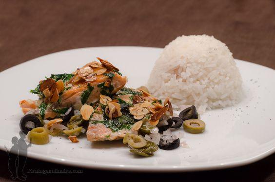 Saumon aux amandes, olives et câpres | Piratage Culinaire