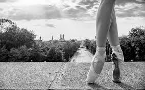 Black And White Ballet Wallpaper