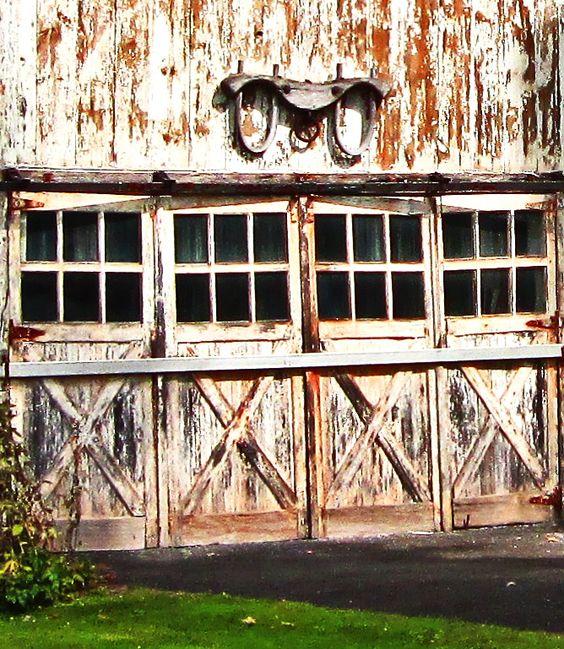 Barn Doors|Love's Photo Album