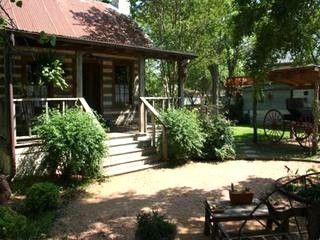 Baines House - Jenny's Cabin - Fredericksburg - rentals