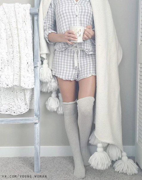 loungewear pajama fashion WHAT TO WEAR ON A DATE INDOORS - SOYVIRGO.COM