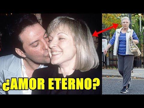 Mary Austin El Amor Eterno De Freddie Mercury Youtube Freddie Mercury Mercury Fredy Mercury