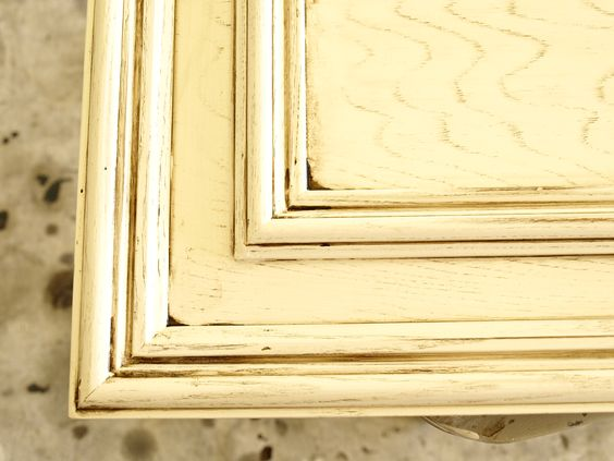 painting old oak cabinets in distressed white