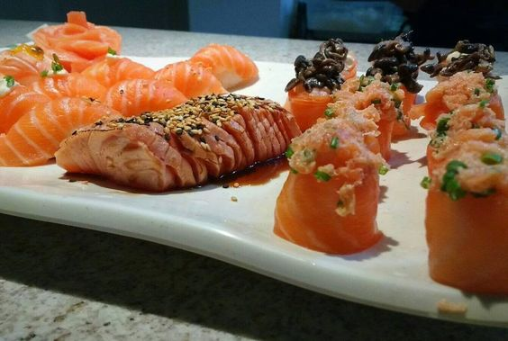 Não fique na vontade tire suas dúvidas através WhatsApp 48 9682-2483 agende seu evento! #JLGG #joseluisgallardogarrido #senseisushifloripa #sushi #tataki #jow #4896822483 #evento by senseisushifloripa