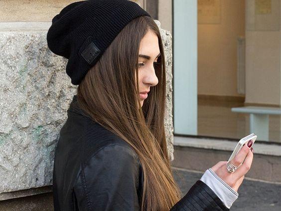Bluetooth Beanie... bem prático ter uma gorro (ou touca?) que se conecta ao celular, não é mesmo?