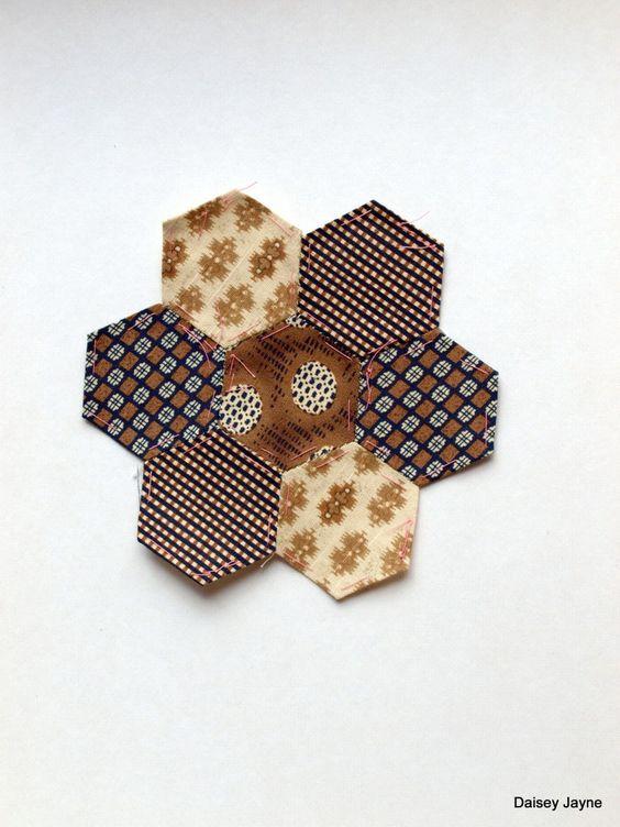love the brown tones!: Quilts More, Brown Tones, Quilt Stuff