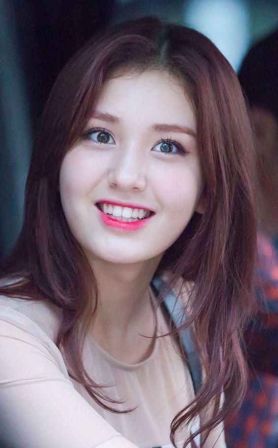 Top 10 Prettiest And Beautiful Kpop Female Idols 2019 Beauty Asian Beauty Korean Beauty