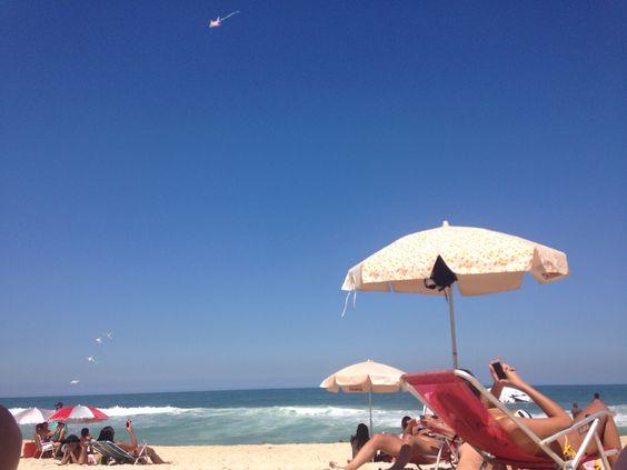 Praia com família! #beach #recreio #family