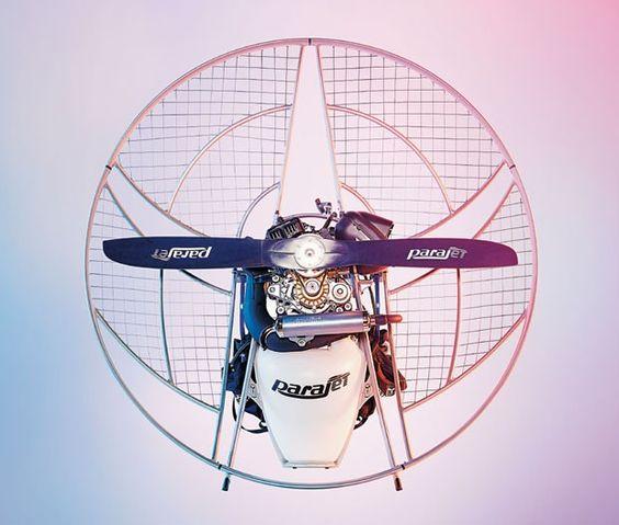 Mais fácil de manusear e transportar que os modelos anteriores, o novo paramotor da Parajet tem autonomia de até três horas e pode atingir 3 mil metros de altitude