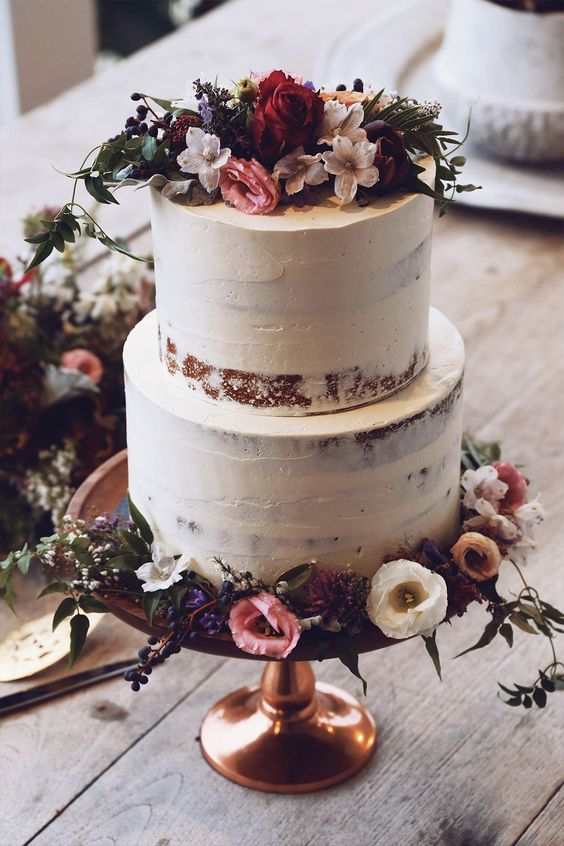 What wedding cake dreams are made of | Grace Loves Lace