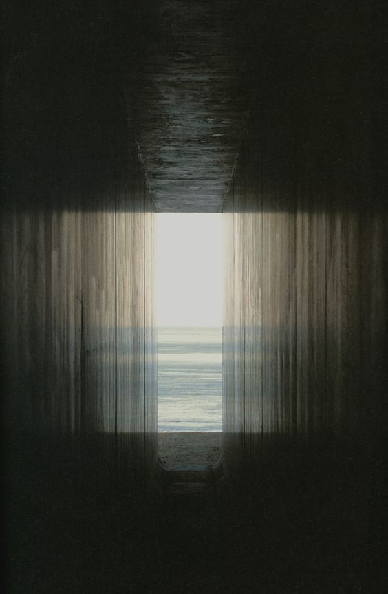 Hiroshi Sugimoto, View from the passage toward the exit.: