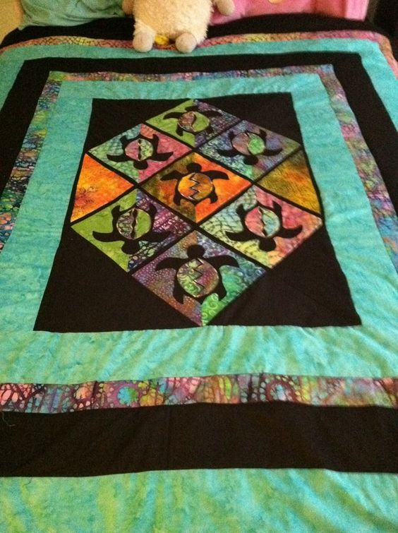 Quilt Patterns With Turtles : Sea Turtle Quilt: Taming The Wind: New Quilts! Quilts Pinterest Sea turtles, Turtle quilt ...