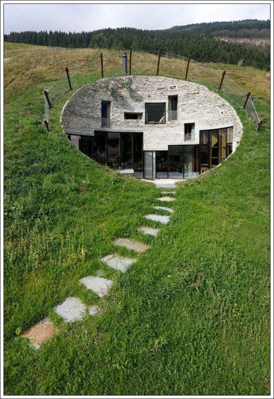 Une maison, un paysage - Page 2 8e01c1d39962aea16da74ae5fb941f5d