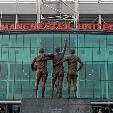 Man Utd to name stand after Sir Bobby Charlton #sydney sydneys.news
