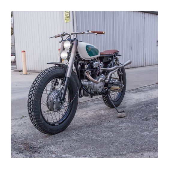 That Honda CB350 Build by Hillmoto #honda #scrambler