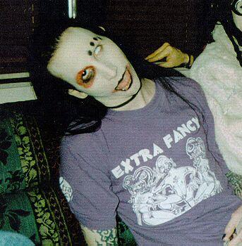 Tシャツを着るMarilyn Manson