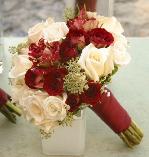 Cranberry Champagne And Gold Wedding Bouquet Burgundy Brides Bouquets Pinterest Bride