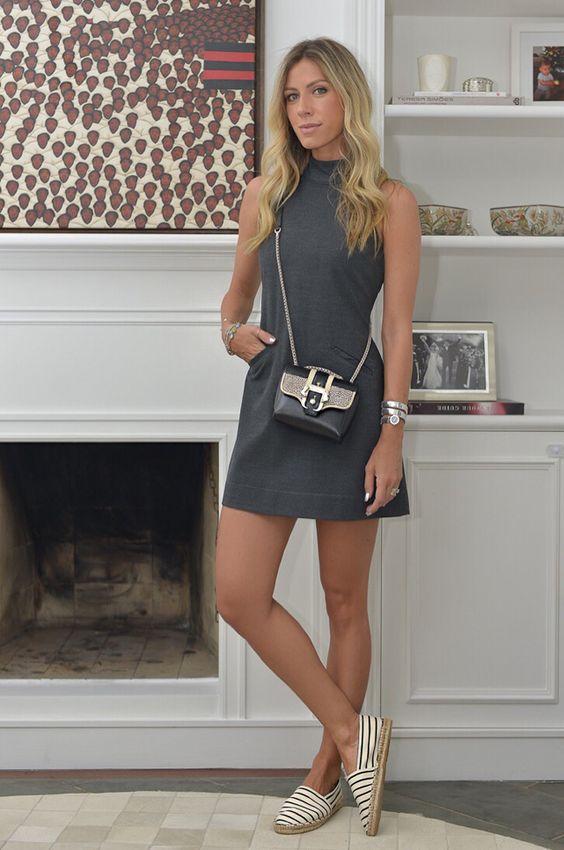 Nati Vozza do Blog de Moda Glam4You usa vestido trapézio e alpargata em seu look.:
