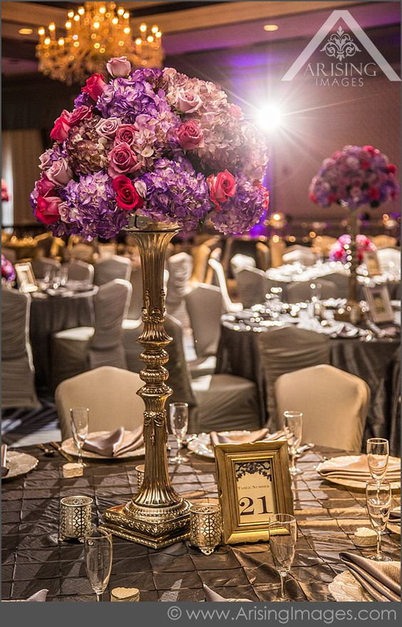Beautiful Indian Wedding Photography at the Henry Hotel #Indian #Wedding #Centerpiece #HenryHotel #ArisingImages