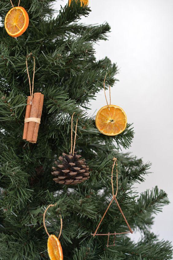 DIY Tree Ornaments Using Natural Materials | Hunker