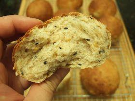 PECADO DA GULA: Pão integral de iogurte e sementes