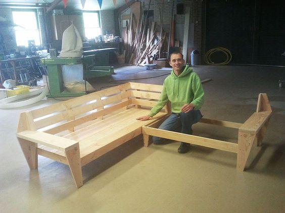 Do It Yourself Outdoor Lounge In Aanbouw Zelfgebouwde