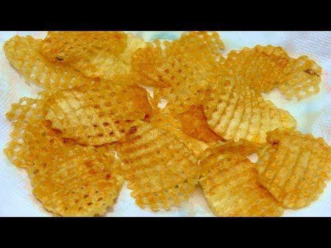 طريقة عمل البطاطس الشيبسي الشبكة بقرمشة لاتقاوم وبنكهة مميزة Youtube Food Snacks Snack Recipes
