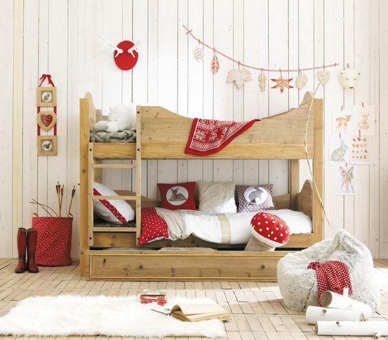 chambre enfant  Bois, rouge et blanc  ♡ ♡ ♡ Déco enfants et